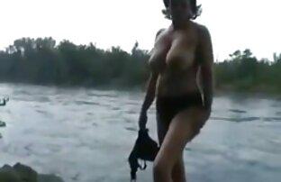 यूरोप, एक महिला है, विभिन्न प्रकार सेक्सी फिल्म फुल मूवी के पोज़ में लचीला है ।