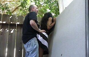 उभयलिंगी आदमी और लड़की एक साथ सेक्स फिल्म मूवी एक समूह में