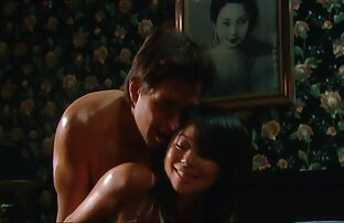 पतला 18 साल पुराने सेक्सी फिल्म फुल एचडी में सेक्सी फिल्म लड़की के साथ एक सुंदर शरीर, सुंदर आसन के लिए अश्लील