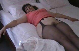 एक गुलाबी नीली बीएफ मूवी सेक्सी में बिंदी गिराएं।
