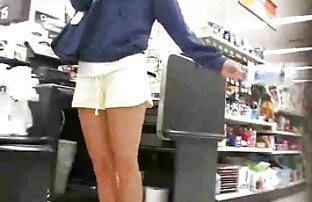 तंग पैंट के साथ बड़ी लड़की, कैमरे के सामने उतारो मूवी पिक्चर सेक्सी वीडियो